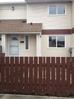 3 Bdrm Town House Clareview Move In Ready