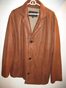 Brown 3/4 leather jacket, Mens large, excellent condition.