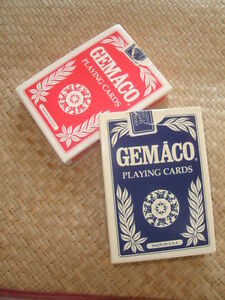 ~ VINTAGE GEMACO CASINO PRO QUALITY PLAYING CARDS  ~  $3.00 ~