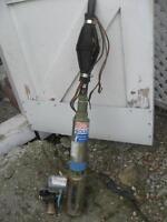 Pompe submersible pour puits artésien