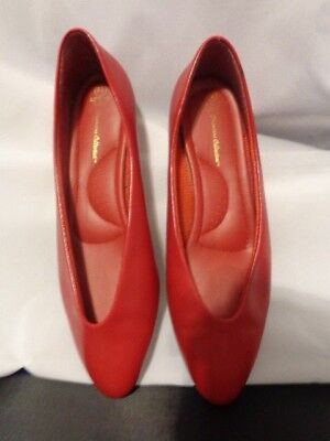 Leslie Premiere Collection Red Womens Shoes Size 6.5 Womens Premiere Collection
