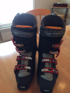 Salomon Alpine Downhill Heated ski boots for Men