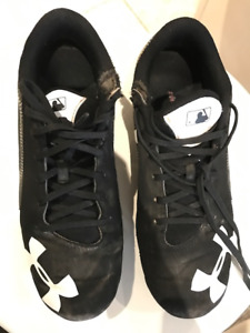 Baseball Cleats Youth Size 4
