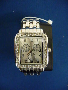 Girl & Women's Watches, Brand New  Selling the first 5 watches f