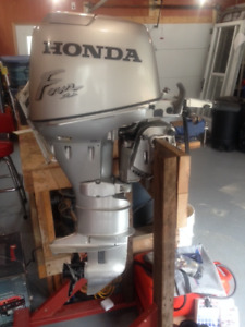 Honda 30 Hp electric start Tiller Outboard