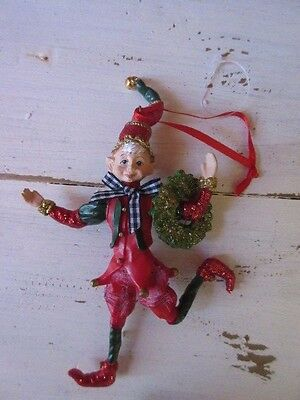 New Adorable Christmas tree Elf ornament holding wreath Holiday Decor