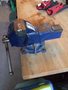 3 inches vice with swivel base