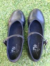 Girls black tap shoes Size 2.5 Coburg Moreland Area Preview