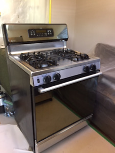 S> GE profile gas oven and stove top