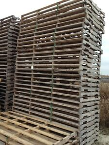 44 x 85  WIDE RECYCLED WOOD PALLETS 44x85 DETROIT MICHIGAN Windsor Region Ontario image 2
