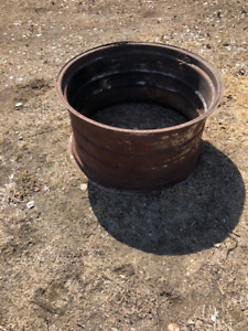 Tractor Rim for Fire Pit