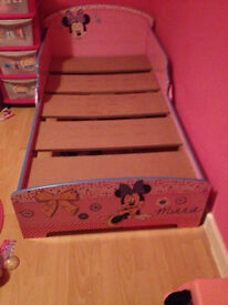 FOR SALE: MINNIE MOUSE TODDLER BED