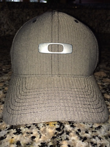 BRAND NEW Mens' S/M Oakley & AE Ball Caps