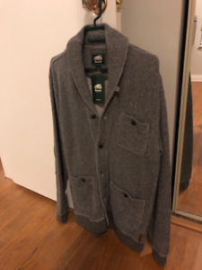 NEW with Tag - Roots Men's Cardigan Sweater - S
