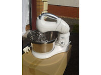 dough maker brand new never ever ever been used bargain price!!!!!!!