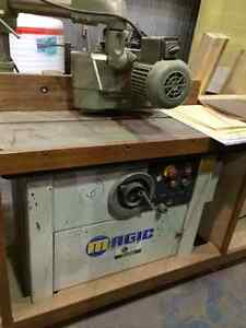 MAGIC SHAPER MACHINE POUR BOIS