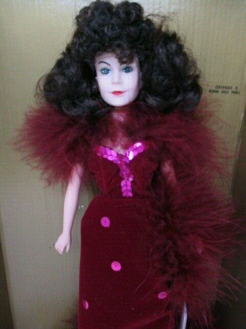 "World Doll Gone With The Wind 12"" Vinyl Scarlett O'Hara Doll In Red Velvet"