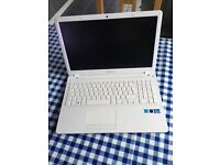 Samsung Laptop I5 8GB 1TB NP370R5E Pearl Blue (MINT)