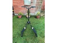 Scooter-Black-3 wheels-Excellent Condition