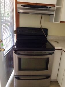 Kenmore stove! Good condition!!!!