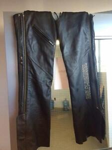 Chaps Harley Davidson noir pour femme taille moyenne