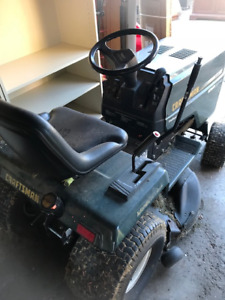 Lawn Tractor - Ride On Mower