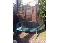 Trampoline - 7 ft with net - 5 years old -
