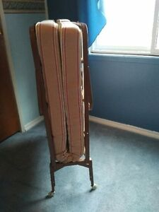Items Reduced - LIVING RM, BED & DINING ROOM FURNITURE & MORE Windsor Region Ontario image 8