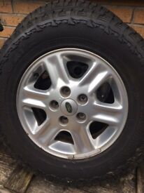 land rover freelander 5 stud wheels with tyres