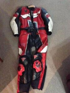 Dainese 2 piece leather race suit. Size 52 Euro Gawler East Gawler Area Preview