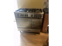 5 Burner Kenwood Cooker Good Working Condition 2 Oven and Grill