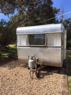 Original and gorgeous 1964 Franklin Caravan