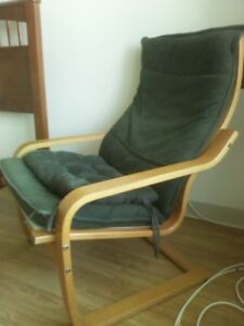 Wooden Frame Lounging Chair