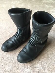 Men's Alpinestars Web motorcycle boots - Size 10.5/44.5-$100.00