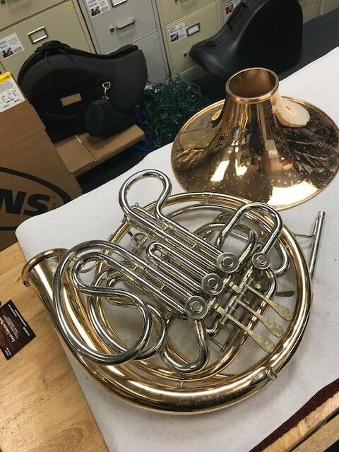 French Horn Conn 8D Double