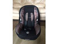 Maxi Cosi Baby Car Seat - maxi-cosi