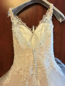 Nicole Colet wedding dress size Small!! (blush / pink)