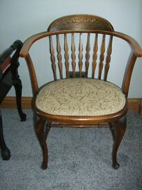 Vintage little chair delightful and in very good condition