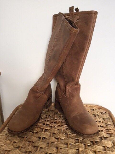 Ladies Brown Knee High boots