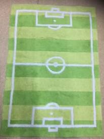Kids Football Rug (Green)