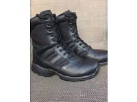 Brand New Magnum Panther 8.0 Work Boots. UK Size 7
