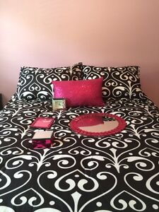 Double Size Bedding Set