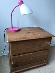 *Good condition* Side drawer/table with table lamp