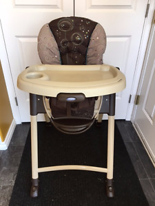 Like new Graco Highchair for sale