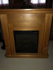 VGUC Electric Corner Fireplace For Sale