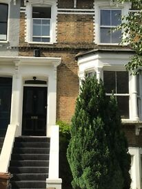 Stunning four double bedroom period house situated in tree lined street