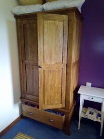 Oak double wardrobe