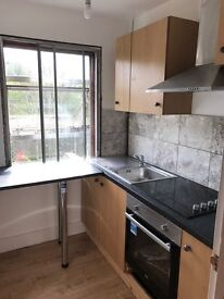 New modern spacious studio in Enfield, minutes of walk to Enfield Lock Station