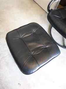 Leather chair and ottoman Cambridge Kitchener Area image 2