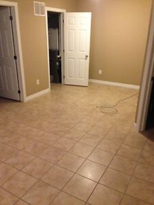 Beautiful 3 Bedroom 2 Story Apartment for Rent - Railway Ave. Stratford Kitchener Area image 6